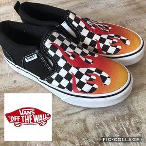 🔥KIDS!! Vans Limited Edition Flame Slip On/Size 1